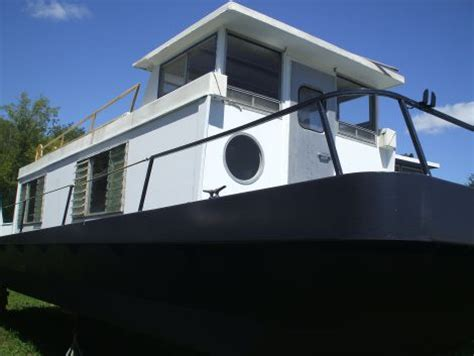 Houseboats Under 10000 by Houseboats For Sale Houseboats For Sale By Owner