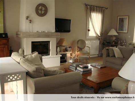 photos d 233 coration de salon salle 224 manger contemporain xxe blanc gris taupe de tulipe