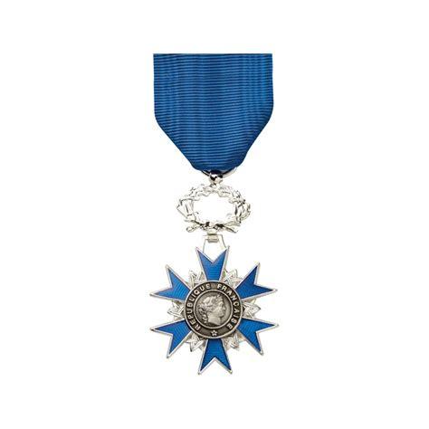 m 233 daille ordonnance ordre national du m 233 rite onm chevalier en bronze argent 233 d 233 coration fran 231 aise