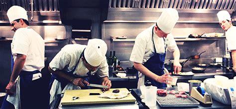 chef de partie gourmet restaurant dubai hospitality hotel manager and chef asia