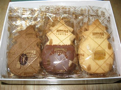 Honolulu Cookie Company: Hawaii shortbread cookies (uncovered close up)   Flickr   Photo Sharing!