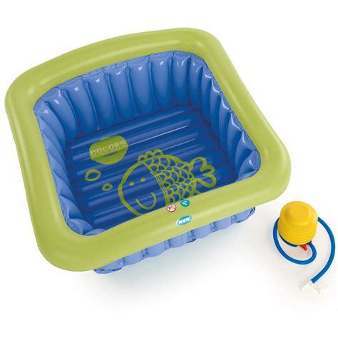 baignoire universelle de 0 3 ans bleu de baignoires aubert