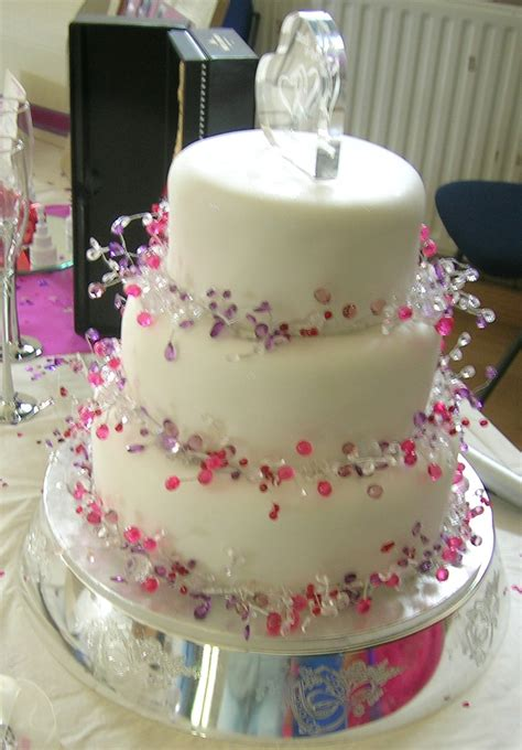 fancy wedding edibles cakes favours and decorations for weddings herohymab