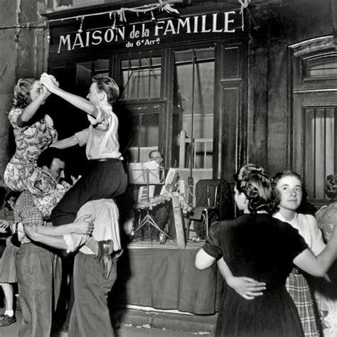 history in photos robert doisneau