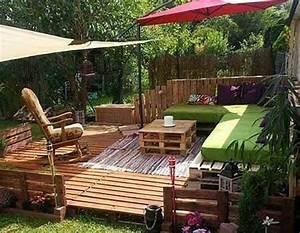 Outdoor Sofa Holz : yoga holz deck outdoor pallet furniture ideas upcycled sofa diy vertical pallet garden ~ Markanthonyermac.com Haus und Dekorationen