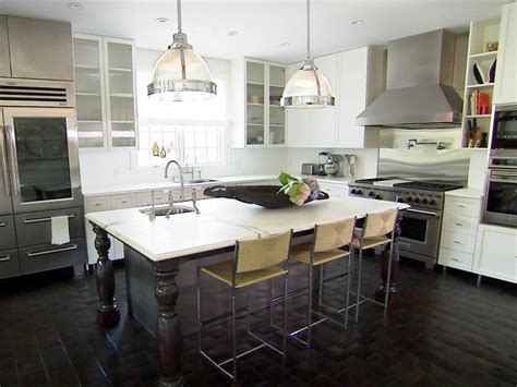 Hgtv's Top 10 Eatin Kitchens  Hgtv