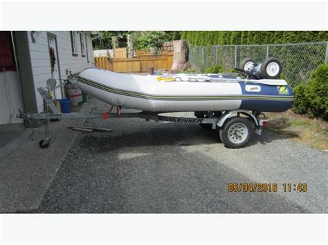Inflatable Boats Motor Yamaha by Zodiac Inflatable Boat With 20 Hp Yamaha Motore And