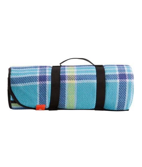 Quechua Arpenaz Waterproof Picnic Mat By Decathlon Buy