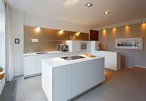 Ikea Wandpaneele Küche : bulthaup b3 k che mit wandpaneel modern k che d sseldorf von bulthaup im belsenpark b ~ Markanthonyermac.com Haus und Dekorationen