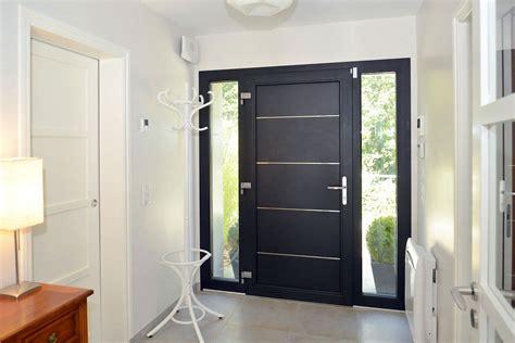 porte d entr 233 e alu tech de la ligne excellence un mod 232 le moderne design et robuste portes d