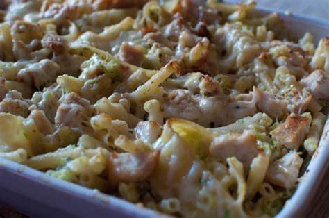 gratins de p 226 tes aux courgettes et poulet